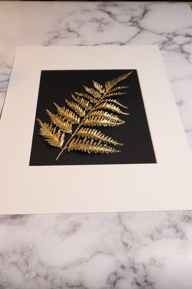 diy-wall-art-leaf in mat